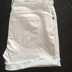 Current/Elliott Rolled Denim Shorts. Sz 26